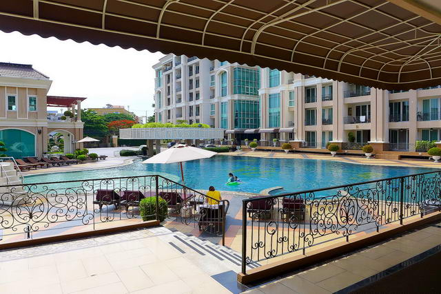 Central Pattaya LK Legend Condo for Sale